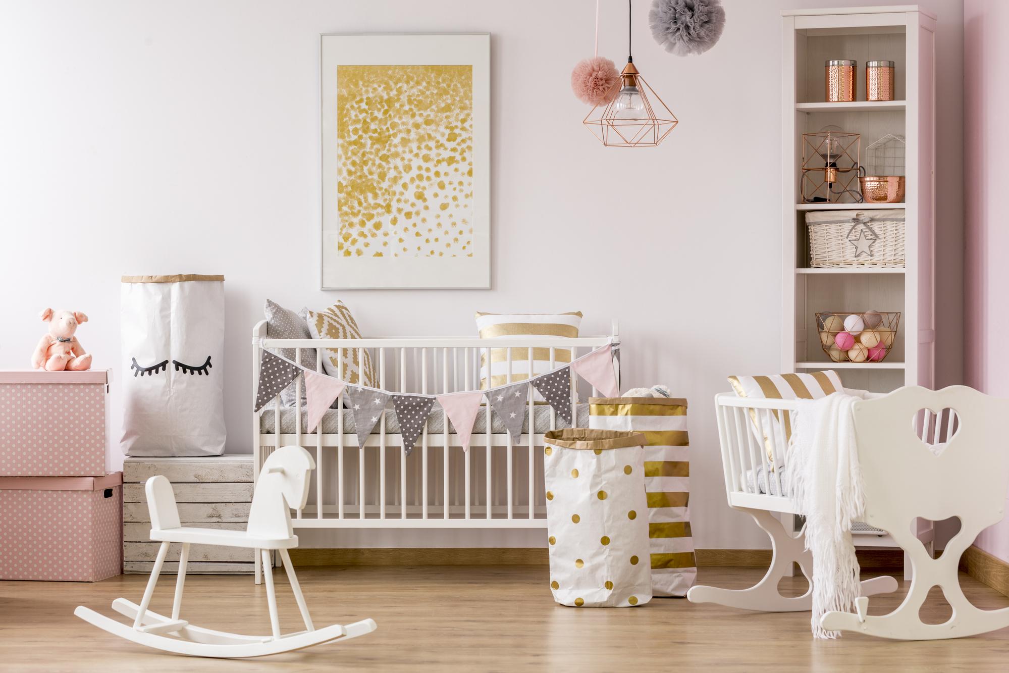 Meisjes babykamer inrichten