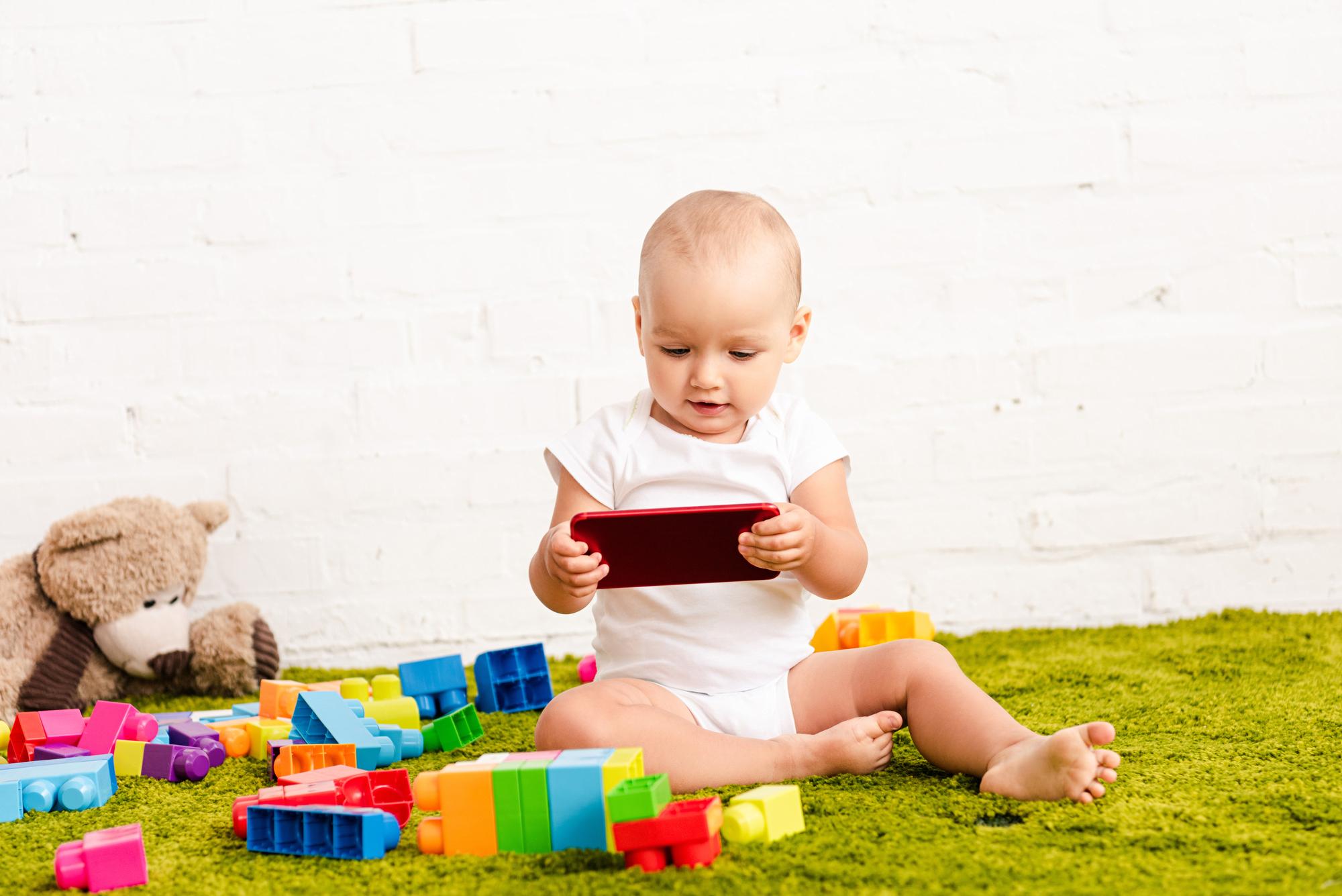 TV voor een baby – Waarom moet je het voorkomen?